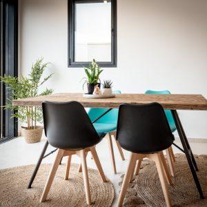 שולחן פינת אוכל אלגנטי מעץ מלא PERAMA160