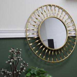 מראה בעיצוב מיוחד צבע זהב