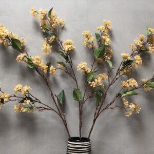 פרח מלאכותי לעיצוב