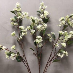 פרח מלאכותי לבן