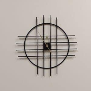 שעון מתכת שחור 60